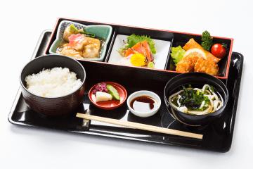 Jibuni gozen meal