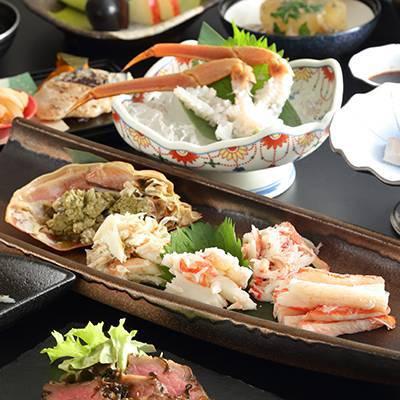 黄金松葉蟹と神戸牛の会席(メイン)