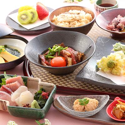 神戸牛のすき煮と春らんまん御膳